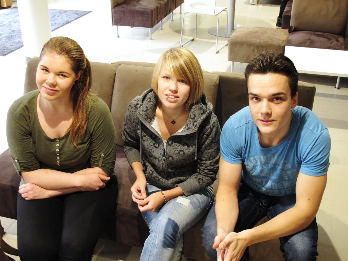 Kuvassa vasemmalta Venla Nikula, Roosa Turunen ja Okko-Pekka Klemola
